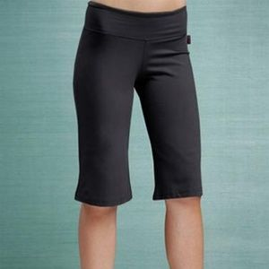 KOS USA Gray Bermuda Short/Capri Athletic Pants
